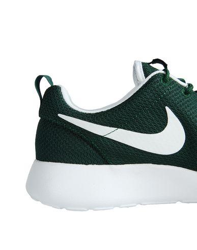 Footaction pas cher Nike Roshe Un Chaussures vente bas prix RETTogI1