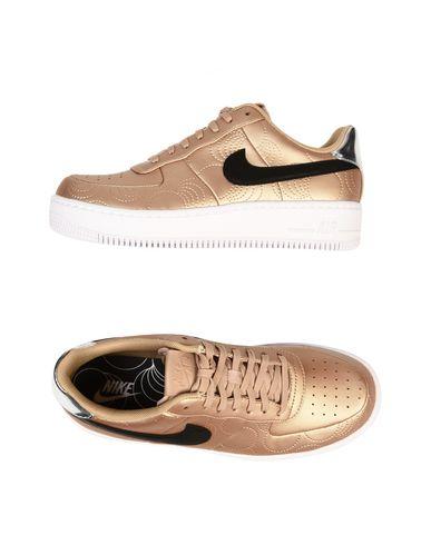 Nike Wmns Af1 Lotc Qs Chaussures De Sport Élever Par Étapes