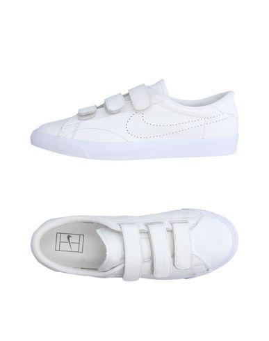 Nike Chaussures De Sport bon marché 1kiIaxt
