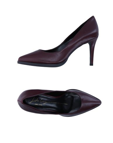 Salon De Chaussures Lola Cruz
