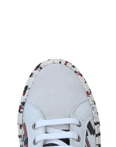 réduction 2015 Chaussures De Sport En Cours D'exécution en ligne exclusif fiable à vendre Footaction rabais EPxqKCGLv