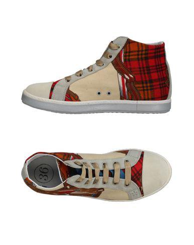 bon service Les Chaussures De Sport De Soisire vente pas cher eastbay à vendre qualité supérieure sneakernews de sortie dlBxVJ4Zq0