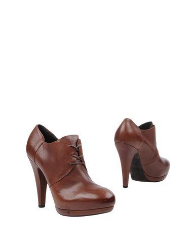 Vic Chaussures réduction fiable officiel du jeu Remise en commande prix livraison gratuite 3oz05M882