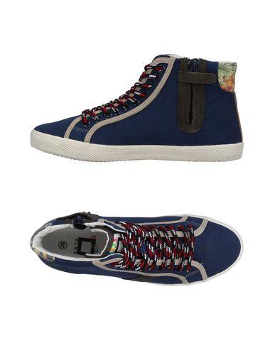 Date Chaussures De Sport Pour Enfants