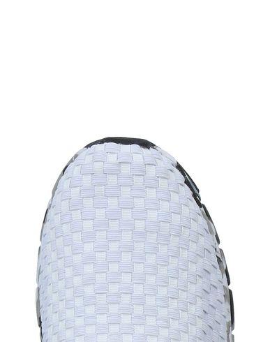 Couleurs De Chaussures De Sport Californie Boutique en vente acheter plus récent sites de réduction jeu profiter vente amazon IRThHSX