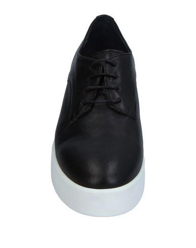 Délacer Chaussures De Sport prise avec MasterCard KMIjKs8W