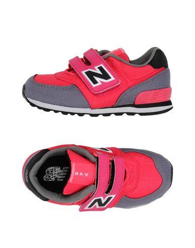 Nouvel Équilibre 574 Chaussures De Sport nouveau débouché faux pas cher XuDt9ZNK