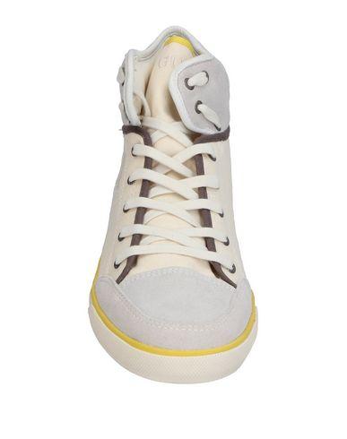Footaction rabais Chaussures De Sport Guess point de vente la sortie exclusive yJlENGbgSq