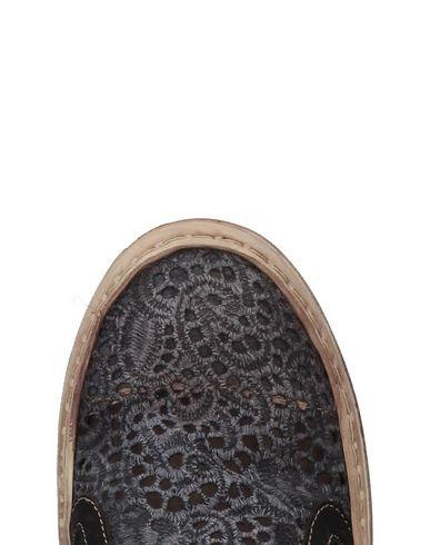 Ykx & Co. Ykx & Co. By Fantasy Sneakers Par Baskets Fantaisie gratuit sites d'expédition date de sortie EFvgNI5h1z