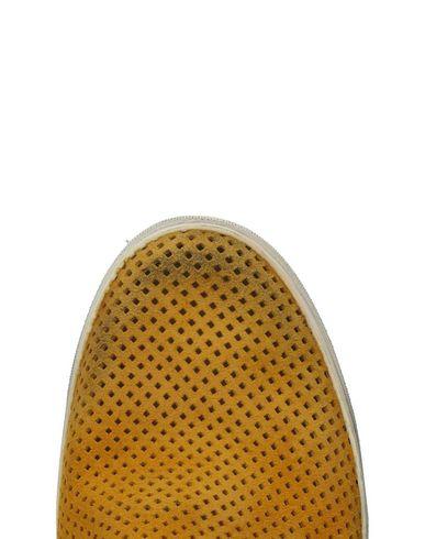 Chaussures De Sport De La Couronne En Cuir Livraison gratuite eastbay Manchester rabais UYiJw