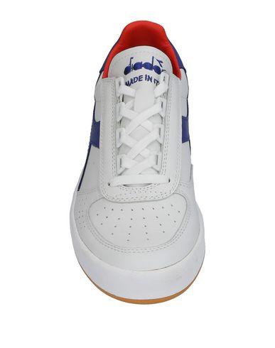 sneakernews en ligne prix discount Chaussures De Sport Diadora vrai jeu QW93UP