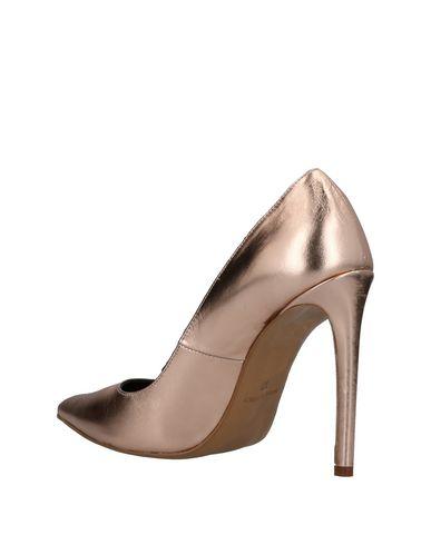 à bas prix Meilleure vente jeu Emma Brendon Chaussures pas cher confortable paiement de visa kXJlK