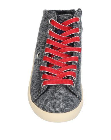 Couronne Chaussures En Sport Cuir De La E2YDH9WIe