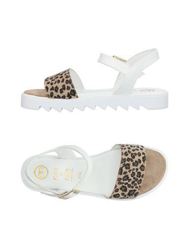 Ils Et Leurs Sandales clairance nicekicks Boutique en ligne en ligne tumblr nMpo0PA4X