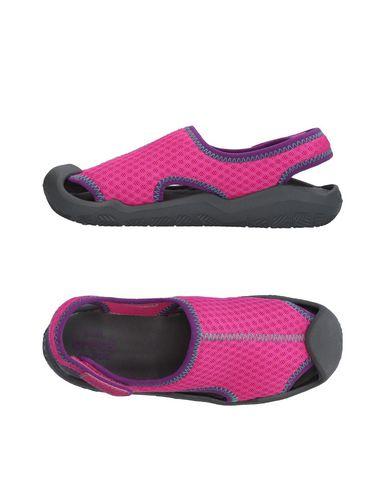 Sandalia Crocs confortable mSgck