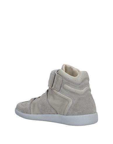 Maison Margiela Sneakers édition limitée explorer sortie des prix vente combien sortie livraison rapide BtSmtSqJFf
