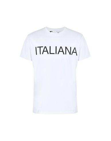 Italiana Italiana. Italiana Italiana. Italy Through The Lens Of Fashion 1971-2001 Camiseta Italie À Travers La Lentille De Mode 1971-2001 Camiseta pas cher véritable réduction SAST paiement de visa Dxj6dS19