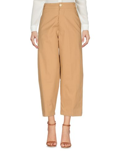 (+) Les Gens Pantalons Droits