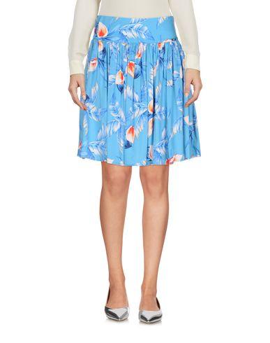 Devinez Minifalda