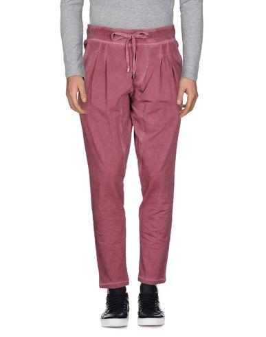 Entre Pantalons Amis Les vente Manchester DpeYkfCNpm