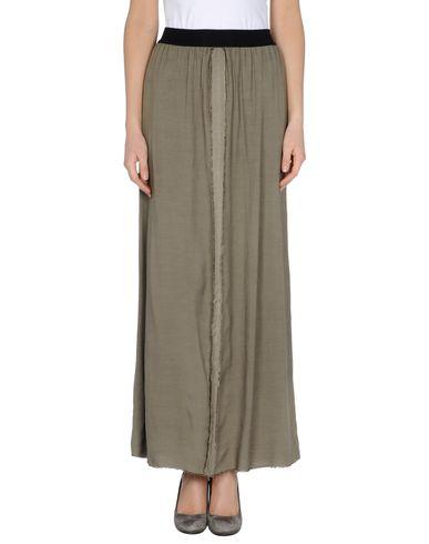 8PM - Long skirt