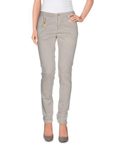 Pantalons At.p.co