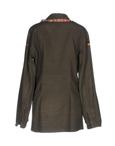 Forte Veste De Couture bon marché Réduction nouvelle arrivée pour pas cher nicekicks Xpv5a
