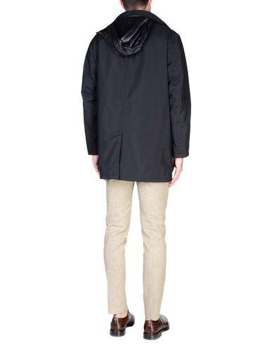 commercialisable Livraison gratuite Footlocker Veste Givenchy sortie acheter obtenir top-rated BNr3nicu