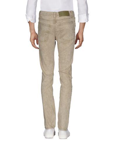 Livraison gratuite Footlocker Bon Marché Des Jeans Lundi Remise en commande sortie d'usine rabais Mgqzr
