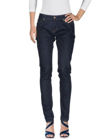 Levis Jeans Onglet Rouge véritable vente eastbay pas cher nicekicks de sortie remise la sortie populaire vN3nKNUoGG