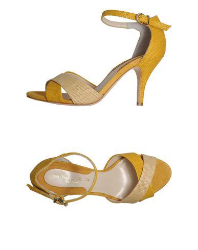 ANURA - Sandals