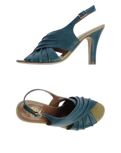 NORA - Sandals