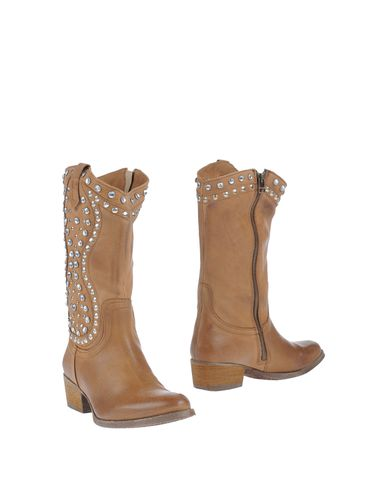 MANAS - Boots