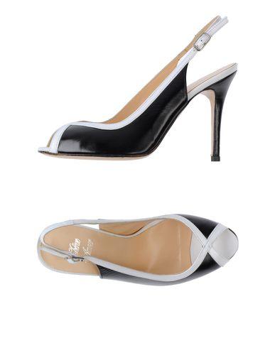 CHÉRIE AMOUR - Sandals