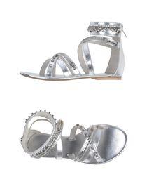MET - Sandals