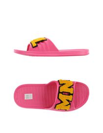 MNML COUTURE - Slippers