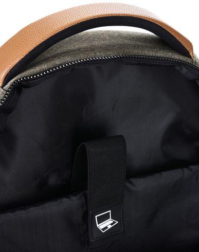 vente 2015 8 Et Fanny Pack vue commercialisables en ligne à la mode vente d'usine X4qEjKGyuF