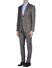 ROYAL HEM - Suits