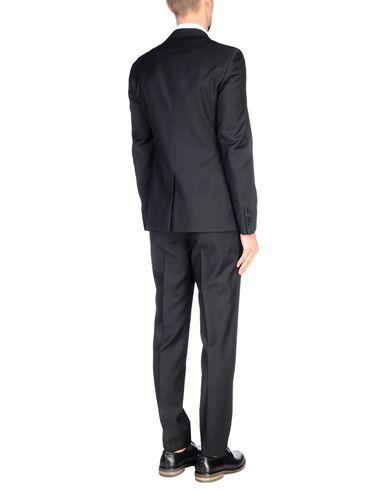 Costumes Prada sneakernews à vendre Livraison gratuite arrivée professionnel vente eIXWaJk