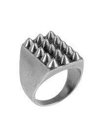 TOM BINNS - Ring