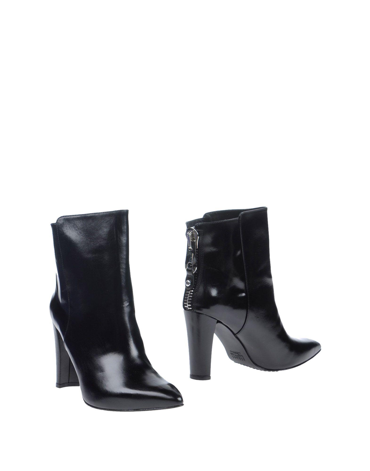Stuart Weitzman Ankle Boot - Women Stuart on Weitzman Ankle Boots online on Stuart  Australia - 11020795JV f60863