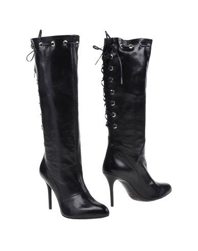 INGA Boots in Black