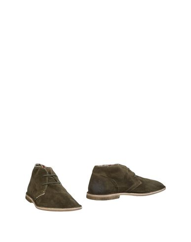 LE CROWN Boots in Military Green