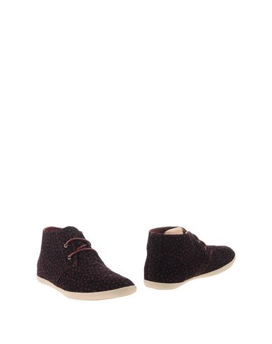 Fred Perry Ankle Boot In Garnet