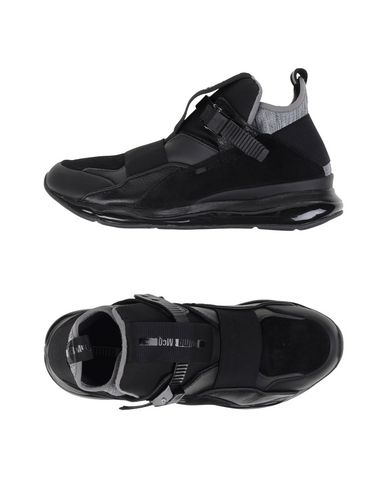 McQ PUMA. MCQ CELL BUBBLE RUNNER MID. Sneakers