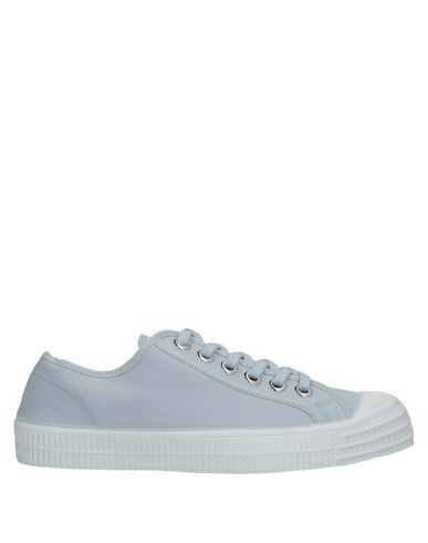 NOVESTA Sneakers in Light Grey