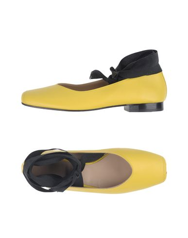 LUCA VALENTINI Ballet Flats in Yellow