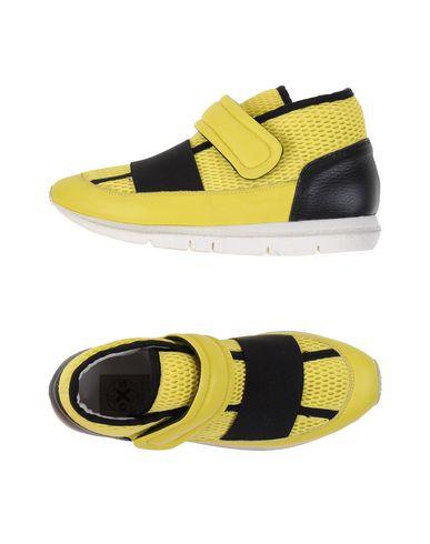 RUBBER SOUL e O.X.S. - Sneakers