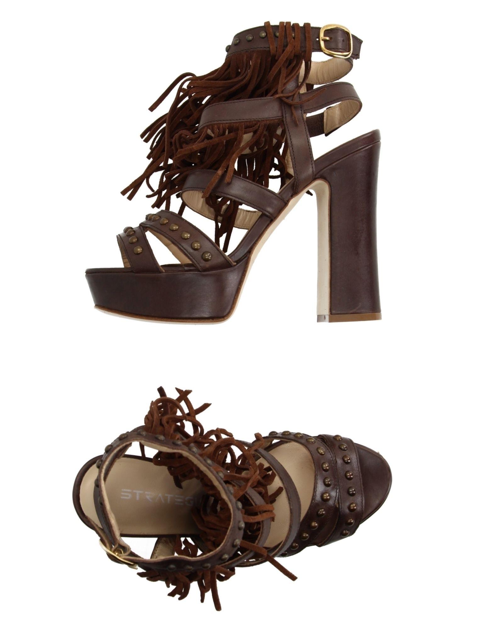 Günstige und modische Schuhe Strategia Sandalen Damen  11120867XN