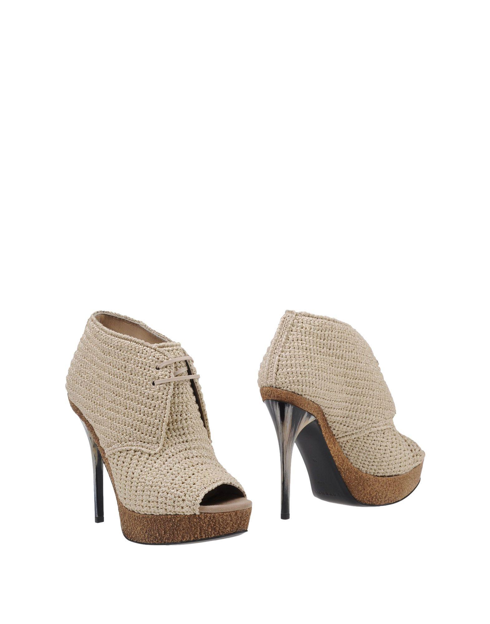 Rabatt Schuhe Burberry Stiefelette Damen  11121877EP